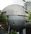 Casa em forma de bola tem visitação até esta sexta em SP