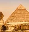 Egito: escultura 'incomum' de 2.300 anos é descoberta