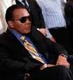 Muhammad Ali volta a ser internado com infecção urinária