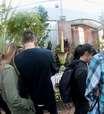 'Flor-cadáver' atrai centenas de visitantes na Nova Zelândia