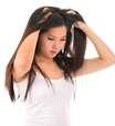 Por que tenho coceira no couro cabeludo?