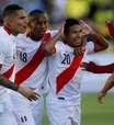 Peru vence fora, entra no G-4 e faz Equador despencar