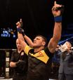 Dos Anjos entra no top 5 do UFC; Jones é retirado de ranking