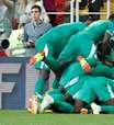 Com gol contra de brasileiro, Senegal bate Polônia na Copa