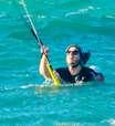 Surfista em novela, Caio Paduan curte mundial de kitesurf