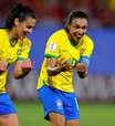 Marta faz história, Brasil vence a Itália e se classifica