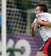 Penta brasileiro, Dagoberto anuncia aposentadoria aos 36