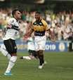 Com um jogador a mais, Coritiba bate Criciúma no Couto Pereira