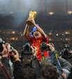 David Villa anuncia aposentadoria; quais jogadores da Espanha de 2010 seguem na ativa?