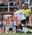 Athletico vence graças a lambança nos acréscimos e avança