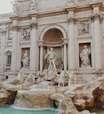 Roma pode colocar barreiras na Fontana di Trevi