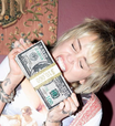 Miley Cyrus mostra trecho de 'Without You Remix', de The Kid Laroi