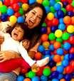 Mayra Cardi revela que construiu um parque de diversão para filha: 'Mini cidade de verdade'
