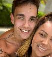 Filho de Solange Almeida confessa ciúmes quando a mãe está solteira