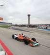 """Hinchcliffe destaca azares em corridas da Indy em 2021: """"Tudo ao mesmo tempo"""""""
