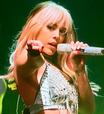 Danna Paola disponibiliza vídeos de seu show online
