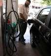 Bolsonaro diz que deve levar ação ao STF para definir valor de ICMS sobre combustíveis