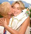 Casamento da Sasha: Xuxa usa vestido já visto em Ana Furtado