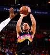 Suns massacra Lakers e faz 3 a 2 na série dos playoffs