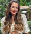 Patricia Poeta vai de poás e xadrez em 2 looks bem elegantes