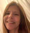 Viúva de Gugu Liberato dá repaginada no visual; veja