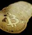 Bitcoin recua 8,6%, para US$32.540