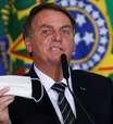 Bolsonaro tira a máscara e manda jornalista calar a boca