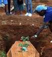 Brasil registra 2.131 novas mortes por Covid-19 e total atinge 504.717