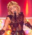 "Miley Cyrus canta ""My Heart Beats For Love"" em prévia do especial ""Stand By You"""