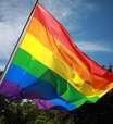 UE ameaça punir Hungria por lei contra LGBTQIA