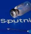 Pequeno teste conclui que misturar Sputnik V e AstraZeneca é seguro, diz Fundo russo