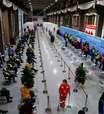 China supera 1 bilhão de vacinados contra a covid-19