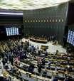Câmara retira quarentena eleitoral a magistrados e militares