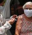Vacinas oferecem proteção contra Delta, mas menor em idosos