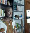 Guineense com mestrado e 7 livros publicados não encontra emprego no RJ e pensa em voltar para seu país