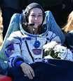 Equipe russa volta à Terra após filmar 1º longa no espaço