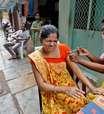 Indianos deixam de tomar 2ª dose de vacina contra Covid apesar de estoques recordes
