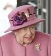 Rainha Elizabeth passa noite no hospital, diz Palácio