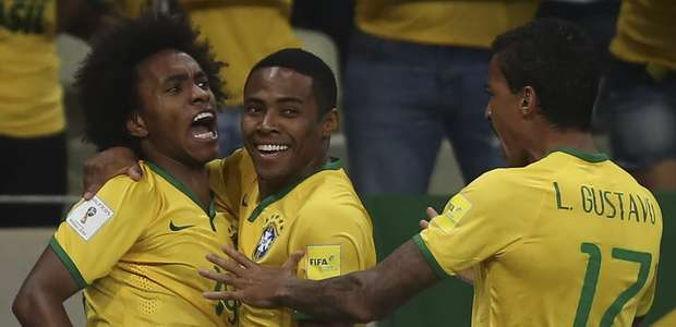 Brasil bate Venezuela e se recupera de derrota em estreia