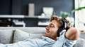 Está precisando relaxar? Escute suas músicas favoritas