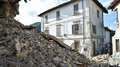 """Terremoto na Itália: """"metade da cidade se foi"""", diz prefeito"""