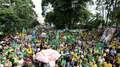 Ato pelas dez medidas reúne oito mil em Curitiba, diz PM