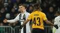Juventus perde, mas avança em primeiro com revés do United