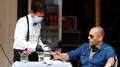 Restaurantes e bares demitem mais na crise do coronavírus