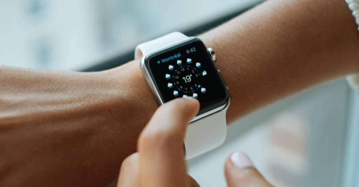 Facebook prepara relógio com Android para competir com Apple Watch