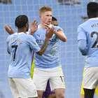 Manchester City vence o Fulham e se aproxima dos líderes
