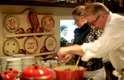 Hambúrguer com batata frita é o pedido número da criançada, mas transformar os ingredientes desse lanche em um prato mais saudável e saboroso de comida também é possível. Foi o que fez o chef de cozinha internacional Sergio Arno nesta sexta-feira (18), na abertura do Champions of Food, concurso cultural promovido pelo McDonald's