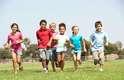 Aumento da atenção e foco: uma pesquisa feita pela Universidade de Illinois, nos Estados Unidos, apontou que crianças portadoras de déficit de atenção são capazes de se concentrar melhor após 20 minutos de caminhada no parque