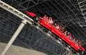 Formula Rossa, Abu Dhabi - Inaugurada em 2010 no Ferrari World de Abu Dhabi, parque temático da famosa marca de carros italiana, a Formula Rossa é a montanha-russa mais veloz do planeta. Após 4,5 segundos, o brinquedo atinge uma velocidade máxima de 240 km/h, simulando um carro de Fórmula 1