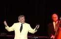 Depois da emocionante passagem de Tony Bennett pelo Rio de Janeiro, o cantor se apresentou na capital paulista, neste sábado (1º)